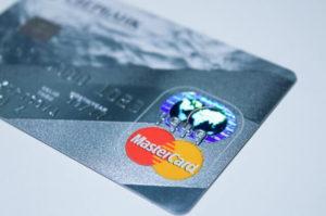 Kreditkarte von MasterCard mit Logo