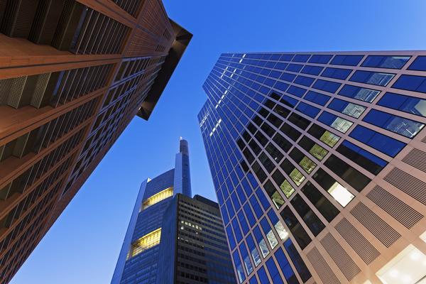 Commerzbank Froschperspektive